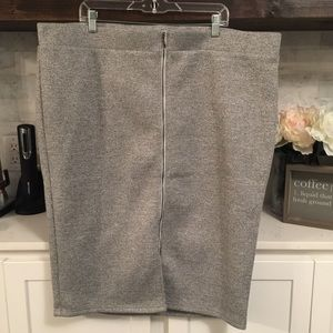 Torrid Gray Women's 4 Zip Front Skirt